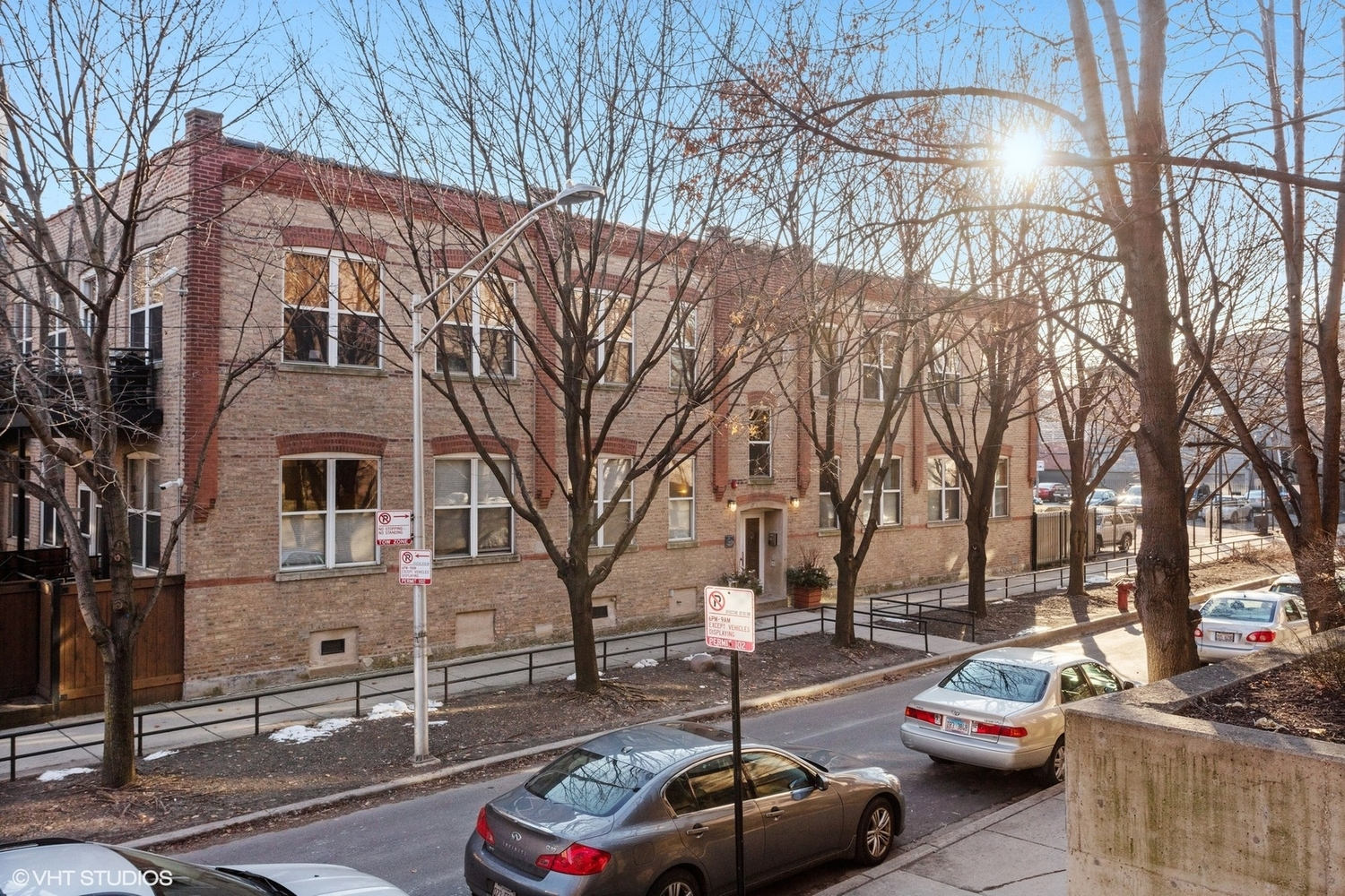 2021 West Willow Street, Unit 102 Chicago, IL 60647
