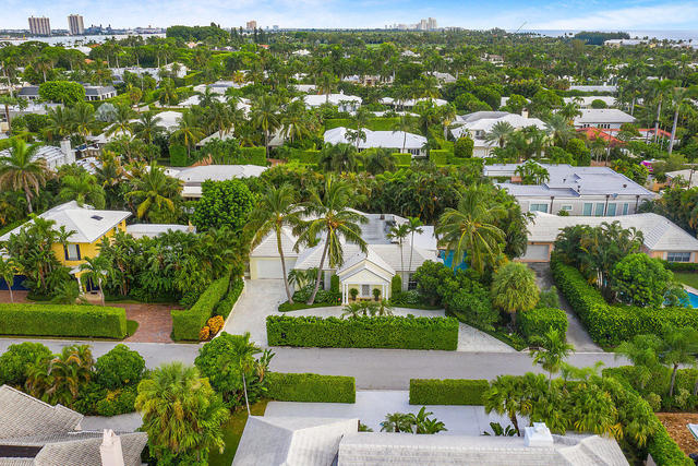 255 Plantation Road Palm Beach, FL 33480