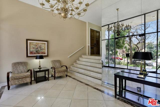 423 North Palm Drive, Unit 206 Beverly Hills, CA 90210