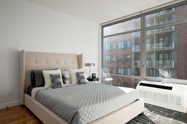 267 East 6th Street, Unit 8K Image #1