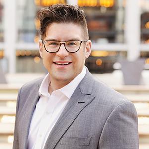 Adam Solomon, Agent in NYC - Compass