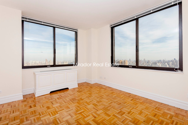 145 West 67th Street, Unit 29D Image #1
