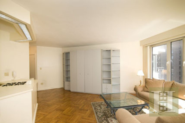 60 Sutton Place South, Unit 9LN Image #1
