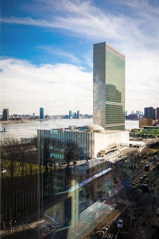 845 United Nations Plaza , Unit 15D Manhattan, NY 10017