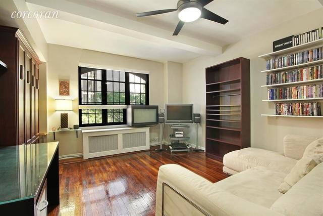320 East 42nd Street, Unit 205 Image #1