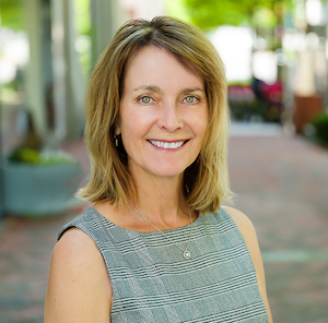 Collette Kutil, Agent in DC - Compass