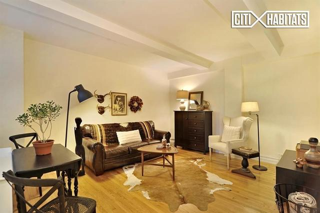 457 West 57th Street, Unit 1107 Image #1