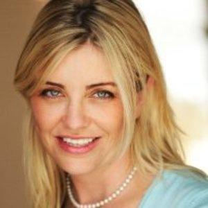 Monique Carrabba,                     Agent in Los Angeles - Compass