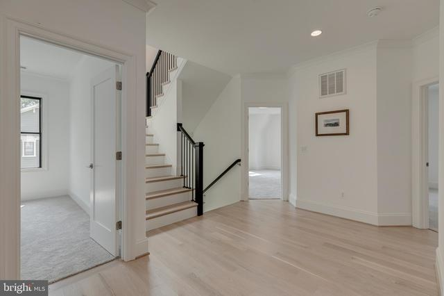 4278 38th Street North Arlington, VA 22207