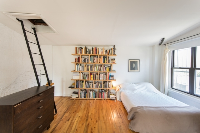 352 Wythe Avenue, Unit 1 Image #1