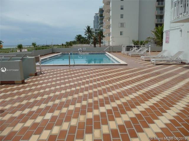 401 Ocean Drive, Unit 210 Miami Beach, FL 33139