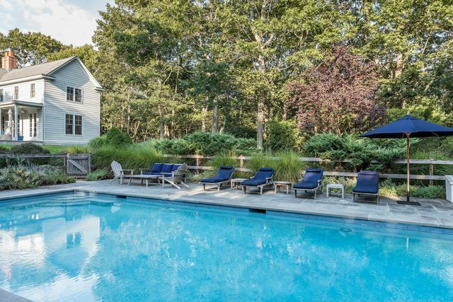 379 Town Line Road Sag Harbor, NY 11963