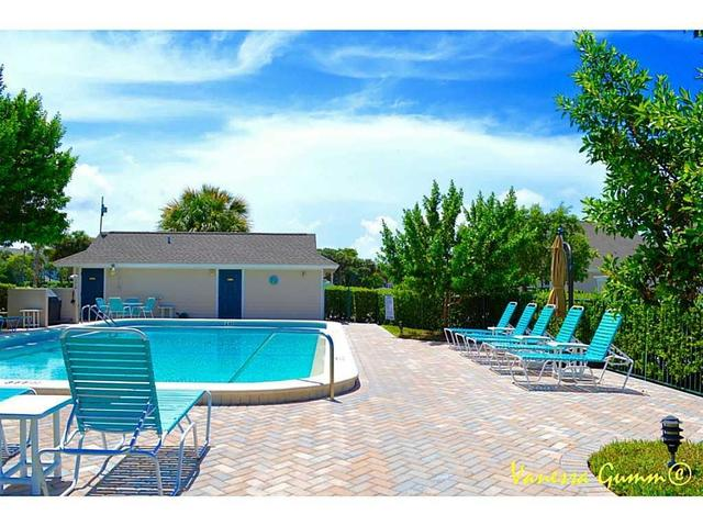 334 Golfview Circle, Unit 334 Stuart, FL 34996