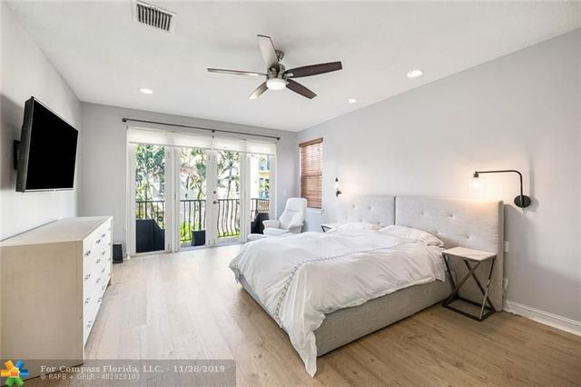 130 Northeast 16th Terrace, Unit 130 Fort Lauderdale, FL 33301