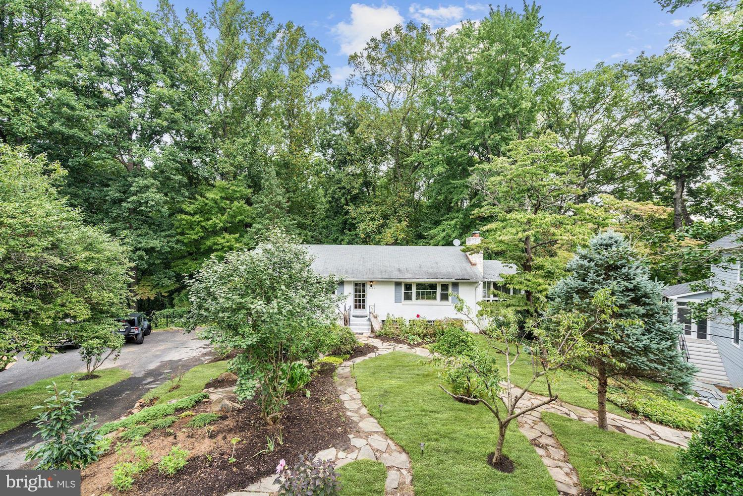 1464 1464-lot Waggaman Circle McLean, VA 22101