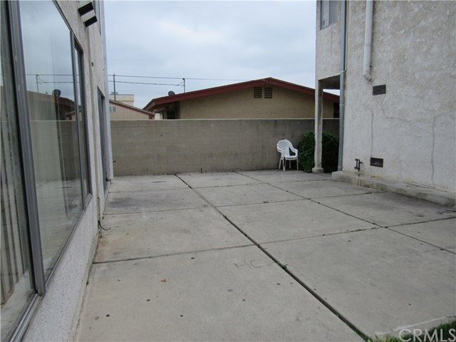 1041 252nd Street, Unit 9 Harbor City, CA 90710
