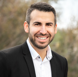 Christopher Texeira, Agent in Los Angeles - Compass