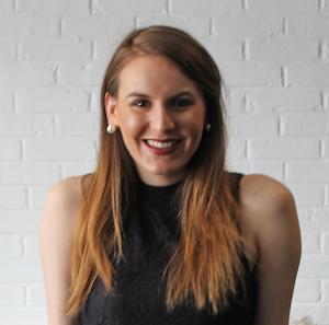 Sabrina Schapira,                     Agent in Chicago - Compass