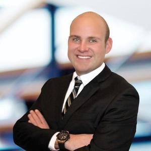 Chris Heldoorn,                     Agent in Los Angeles - Compass