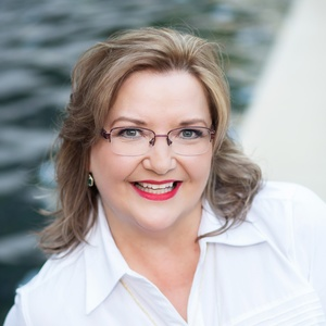 Roxanne Bailey, Agent in Houston - Compass
