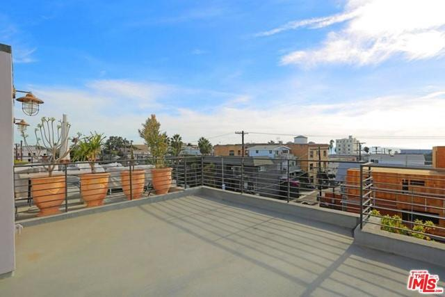 210 Pacific Avenue Venice, CA 90291