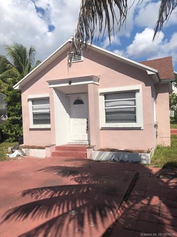 2135 Lincoln Street Hollywood, FL 33020