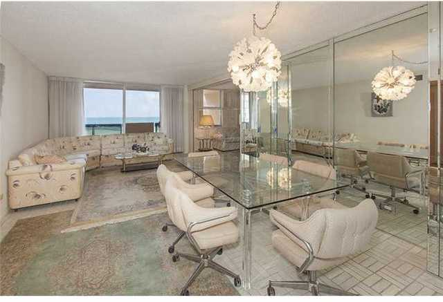 6039 Collins Avenue, Unit 511 Image #1