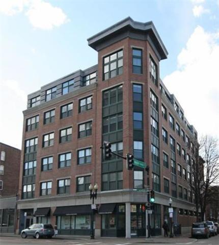 1387 Washington Street, Unit 404 Image #1