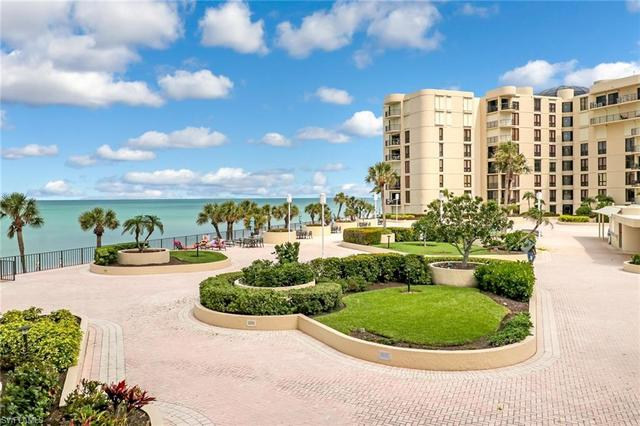 3115 Gulf Shore Boulevard North, Unit 209S Naples, FL 34103