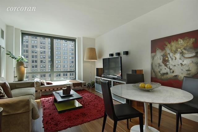 30 West Street, Unit 19D Image #1
