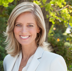 Lisa Brende,                       Agent in Los Angeles - Compass