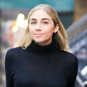 Dana Singer, Agent in NYC - Compass