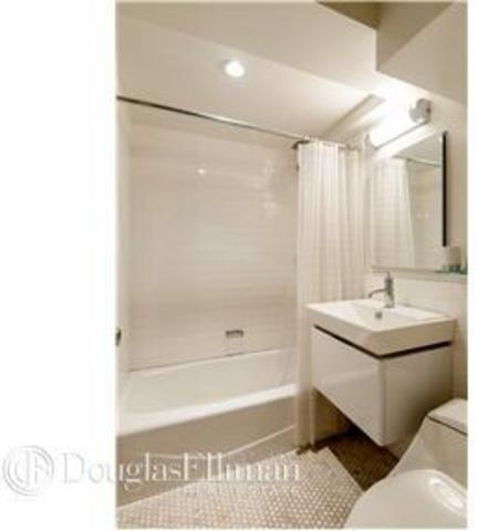455 West 43rd Street, Unit 4B Image #1