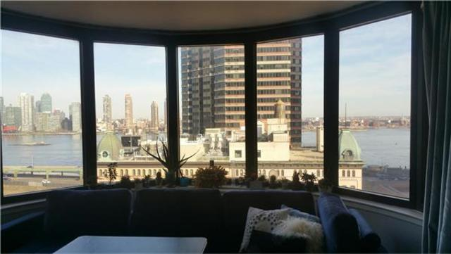 330 East 38th Street, Unit 12M Image #1