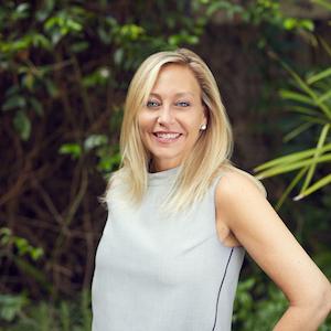 Jessica Loren,                     Agent in Miami - Compass