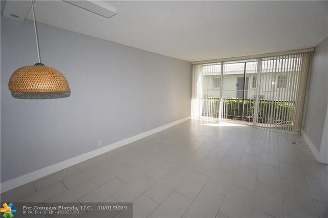 4501 Northeast 21st Avenue, Unit 112 Fort Lauderdale, FL 33308