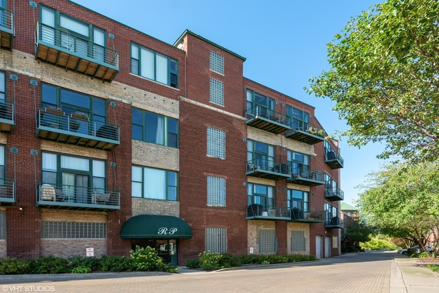 2222 West Diversey Avenue, Unit 201 Chicago, IL 60647