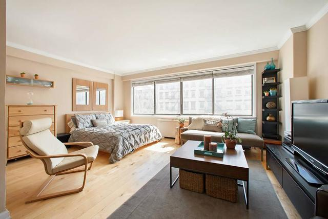 201 West 21st Street, Unit 4C Image #1