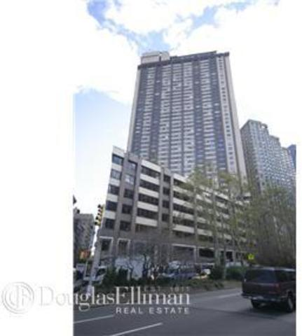 20 West 64th Street, Unit 34R Image #1