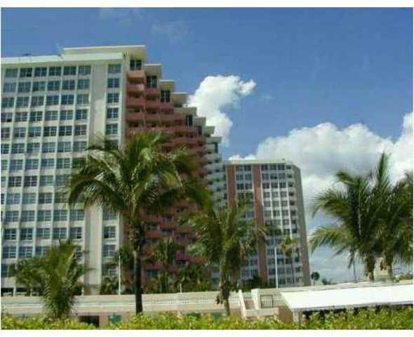 2899 Collins Avenue, Unit 617 Image #1