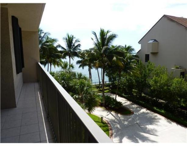 540 Brickell Key Drive, Unit 417 Image #1