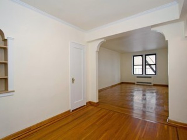 657 East 26th Street, Unit 4S Image #1