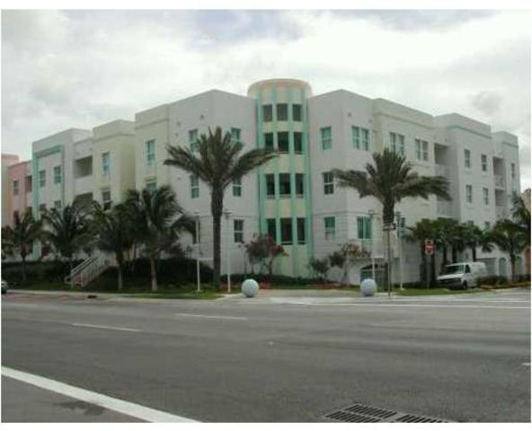 9172 Collins Avenue, Unit 318 Image #1