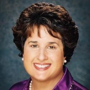 Lynn Rogo, Agent in Los Angeles - Compass