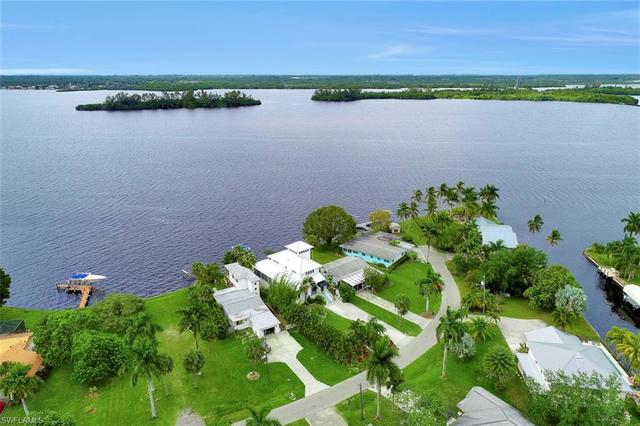 4559 East Riverside Drive Fort Myers, FL 33905