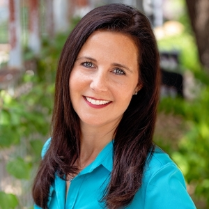 Beth Fitzmaurice, Agent in Austin - Compass