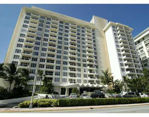 5700 Collins Avenue, Unit 9D Image #1