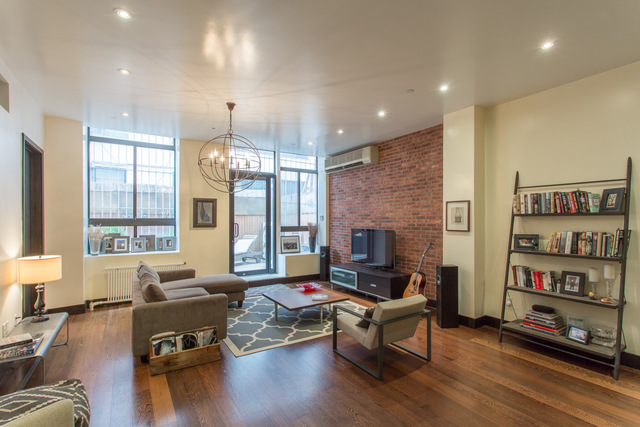 112 West 18th Street, Unit 2C Image #1