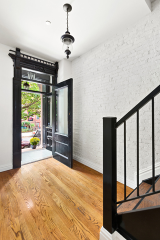 437 Putnam Avenue, Unit RESIDENCE 1 Brooklyn, NY 11221