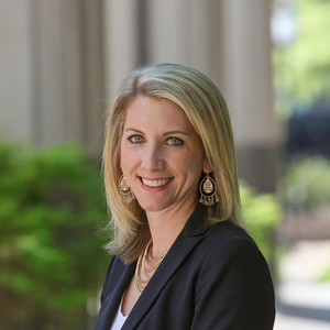 Lauren Zgutowicz,                     Agent in Atlanta - Compass